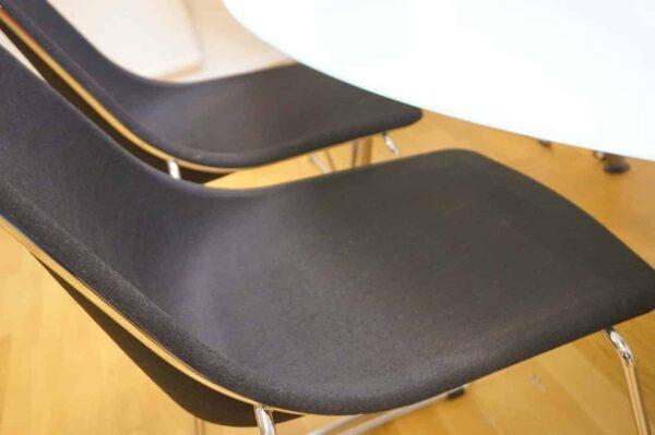 Konferensbord i glas med 6 stolar - Stockholms Kontorsmöbler