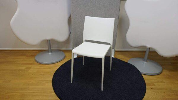 Konferensstol Mya Pedrali - Vit #3060 - Stockholms Kontorsmöbler