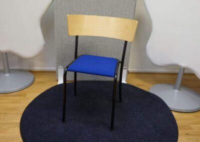 Konferensstol i björk och blått – Lanab #3050