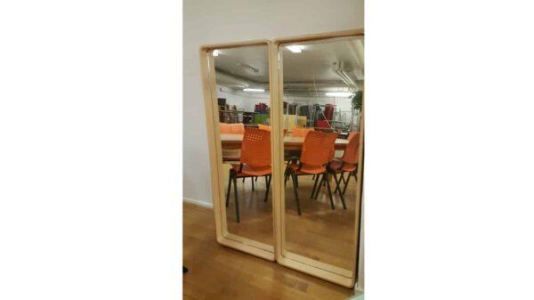 Spegel med björkram - Stockholms Kontorsmöbler