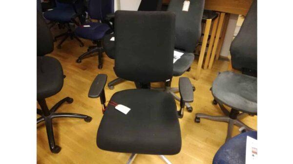 Kontorsstol begagnad i nyskick #1055 - Stockholms Kontorsmöbler