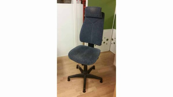 Kinnarps begagnad kontorsstol utan hjul #1087 - Stockholms Kontorsmöbler