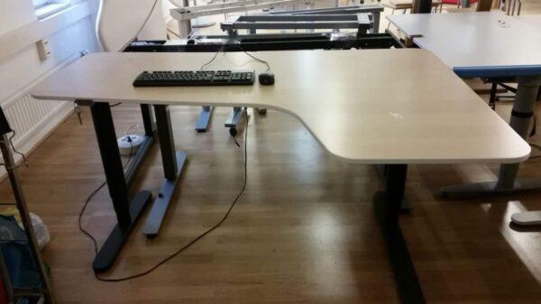 Skrivbord höj och sänkbart #4013 - Stockholms Kontorsmöbler