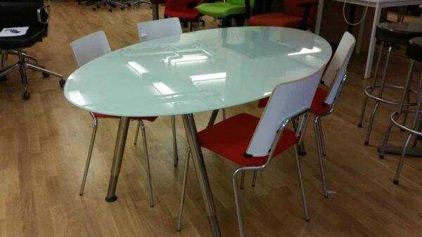 Konferensbord i glas för 6personer #4018 - Stockholms Kontorsmöbler