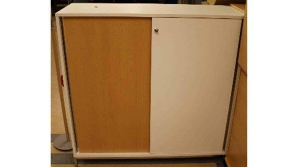 Förvaring vitt och trä från Kenson #5021 - Stockholms Kontorsmöbler
