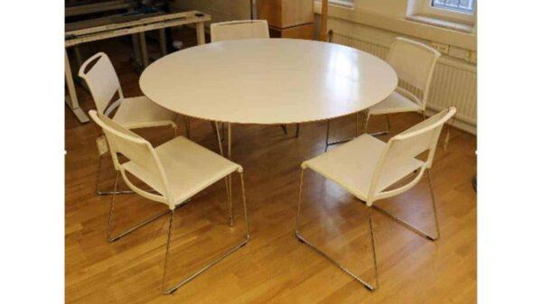 Runt konferens/lunchbord med 5st stolar #4039 - Stockholms Kontorsmöbler
