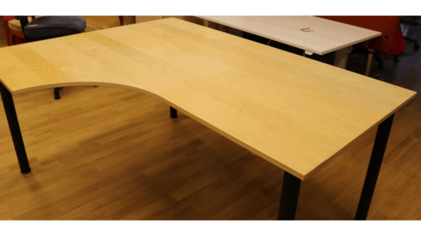 Skrivbord vänsterböj #4031 - Stockholms Kontorsmöbler