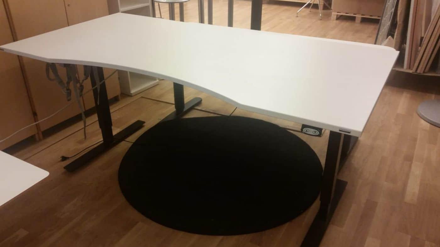 Stort höj och sänkbart skrivbord #4022