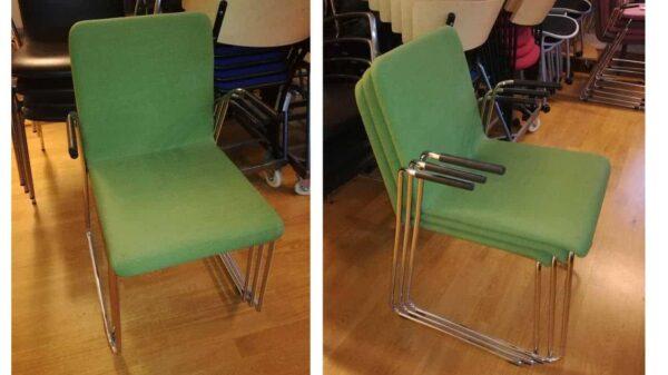 Grön konferensstol med metallram #3016 - Stockholms Kontorsmöbler