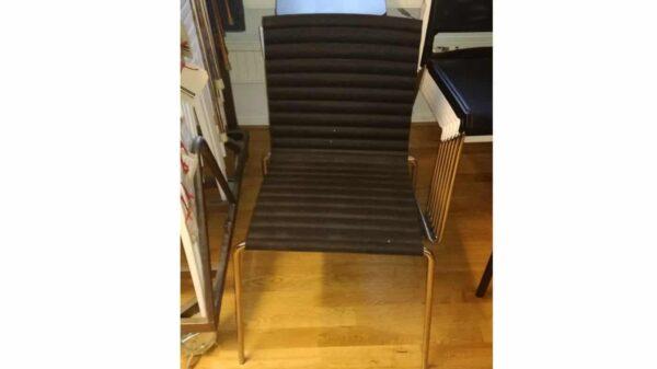 Konferensstol svart läder #3022 - Stockholms Kontorsmöbler
