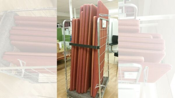 Bordsskärm roströd #8002 - Stockholms Kontorsmöbler